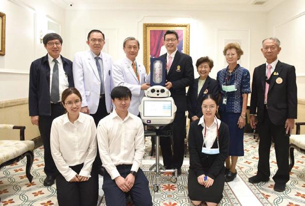 คณะวิศวฯ จุฬาฯ มอบหุ่นยนต์นินจาให้แก่คณะแพทยศาสตร์ศิริราชพยาบาล